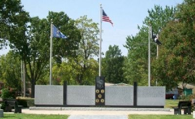 Veterans Memorial Photo, Click for full size