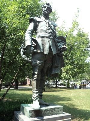 Henry Hudson Statue Photo, Click for full size
