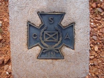 Plaque at base of Confederate Graves at Dragoon Springs Marker image. Click for full size.