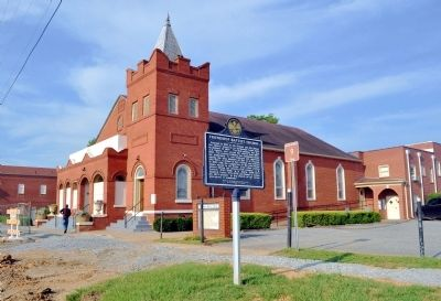 Friendship Baptist Church and Marker image. Click for full size.