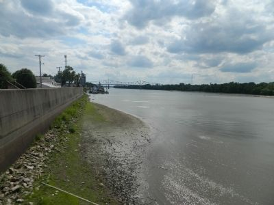 Sangamon River at Beardstown image. Click for full size.