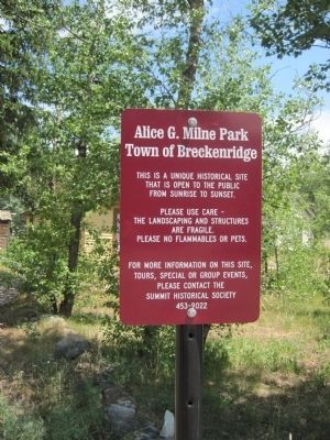 Sign identifying the area as Alice G. Milne Park image. Click for full size.