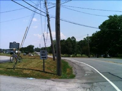 Chili Landmark Marker as seen facing east on 33A image. Click for full size.