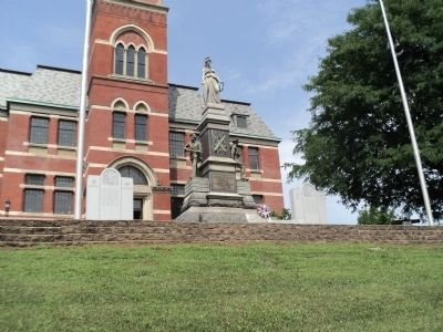 Ulster County Civil War Monument image. Click for full size.