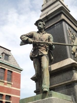 Soldier on Monument Photo, Click for full size