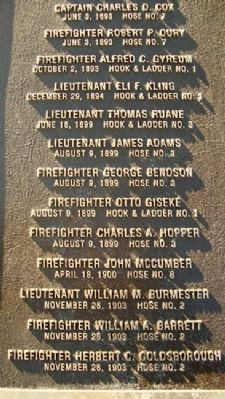 Omaha Firefighters Memorial Honor Roll image. Click for full size.