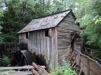 John P. Cable Grist Mill image. Click for full size.