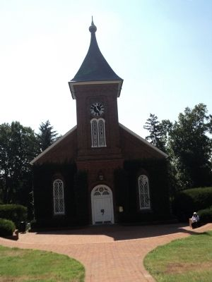 Lee Chapel Photo, Click for full size