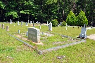 Tugalo Baptist Church Cemetery image. Click for full size.