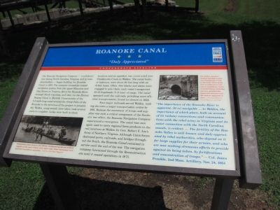 Roanoke Canal Marker image. Click for full size.
