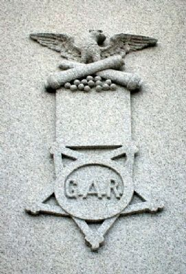 G.A.R. Emblem on Kearney Civil War and Spanish-American War Memorial Marker image. Click for full size.
