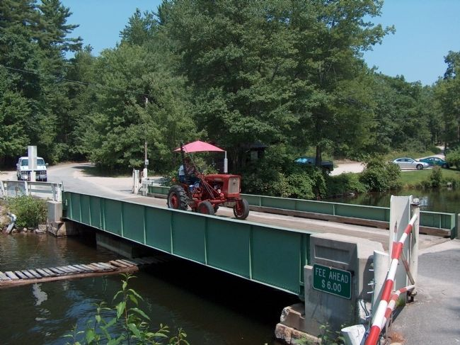 Songo Lock Swing Bridge: Open for State Park Road Traffic image. Click for full size.