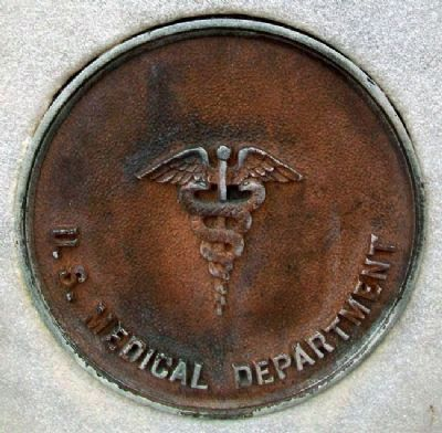 World War Memorial Medical Dept Medallion image. Click for full size.