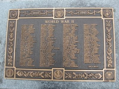 Stockbridge World War II Monument Photo, Click for full size