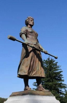 Molly Pitcher Statue. Photo, Click for full size
