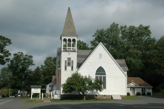Amity Reformed Church & Marker image. Click for full size.