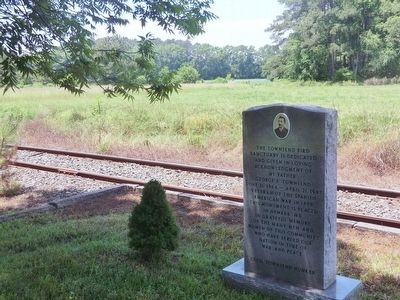Trackside Marker at Station image. Click for full size.