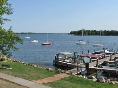 Lake Minnetonka Photo, Click for full size