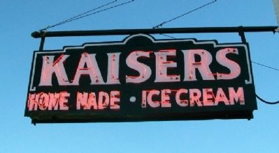 Kaiser's Ice Cream Parlour Sign Photo, Click for full size