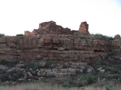 Box Canyon Ruins on the right. Photo, Click for full size