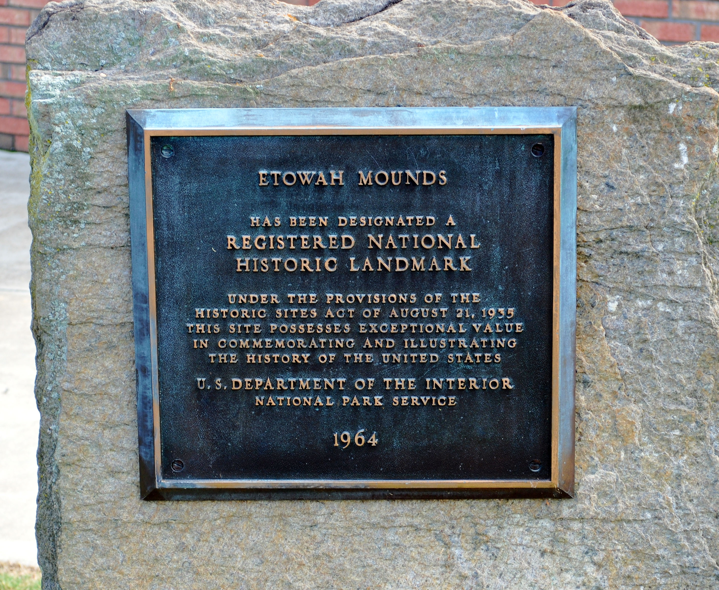 Etowah Mounds National Historic Landmark Plaque
