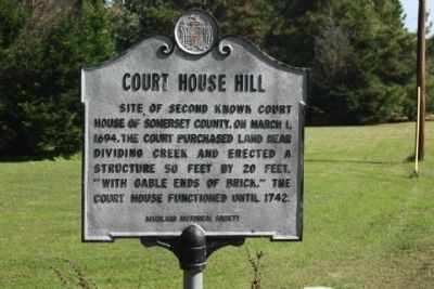 Court House Hill Marker image. Click for full size.