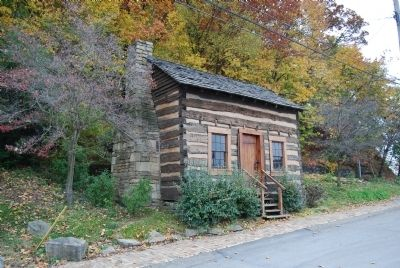 Dickson Log House image. Click for full size.
