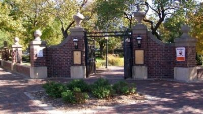 Naftzger Memorial Park Entrance Photo, Click for full size