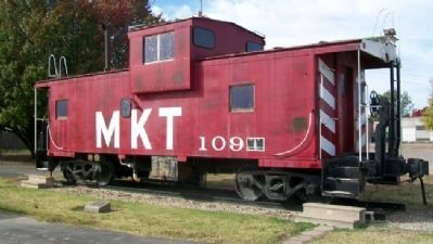 KATY Caboose No. 109 and Markers image. Click for full size.