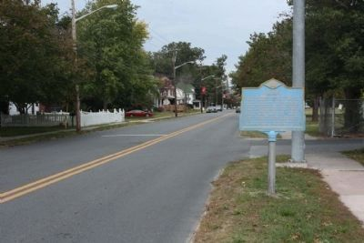 Laurel Marker seen along Central Avenue (US 13A) Photo, Click for full size