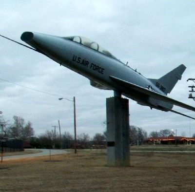 F-100F Super Sabre image. Click for full size.
