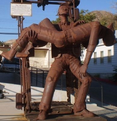 """Big"" Bill Murphy Sculpture Photo, Click for full size"