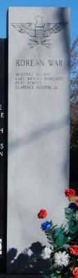 Hart County World War II & Korean War Memorial<br>Korean War Column image. Click for full size.
