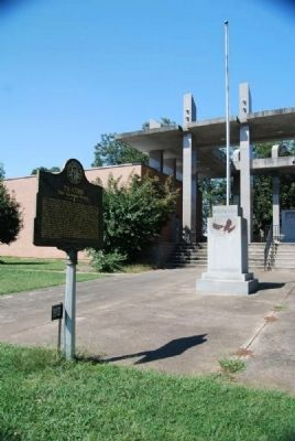 Royston, GA / U.S. Bicentennial Monument<br>Ty Cobb Marker in Foreground image. Click for full size.