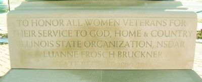 Women Veterans Memorial Dedication image. Click for full size.