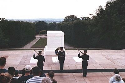 Tomb of the Unknowns , changing of the guard image. Click for full size.