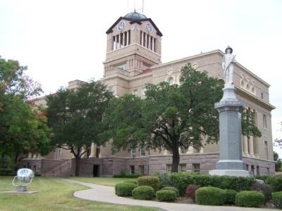 Navarro County Courthouse and Corsicana Fire Department Memorial image. Click for full size.