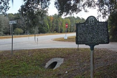 The Bellamy Road and Marker seen looking south along US 17 image. Click for full size.