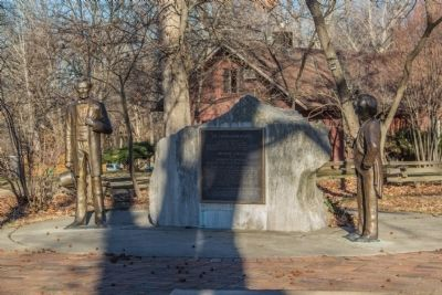 Lincoln-Douglas Debates Marker with statues Photo, Click for full size