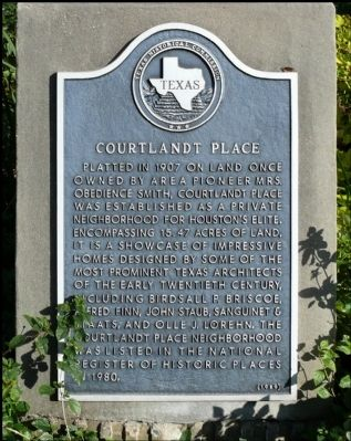 Courtlandt Place Marker Photo, Click for full size