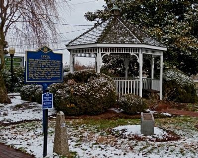 Lewes Marker in Mary Vessels Park image. Click for full size.