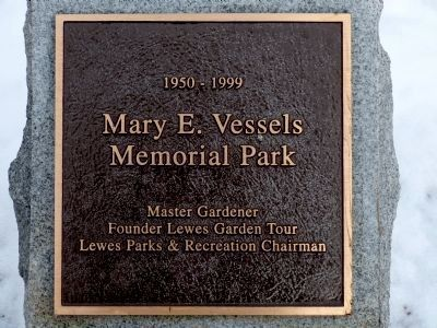 Mary E. Vessels Memorial Park image. Click for full size.