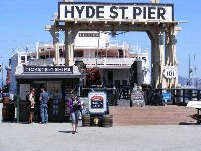 Hyde Street Pier image. Click for full size.