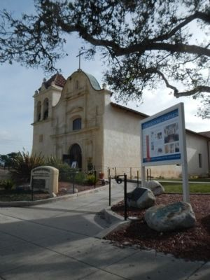Royal Presidio Chapel image. Click for full size.