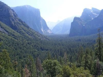 Yosemite Valley from the Overlook image. Click for full size.