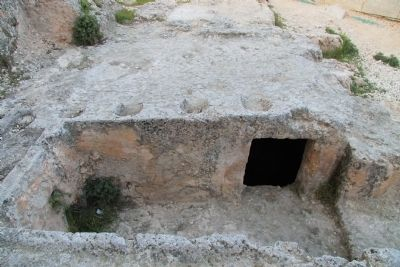 Ketef Hinnom Rock Cut Tomb image. Click for full size.