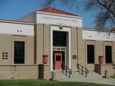 Coalinga Union High School today image. Click for full size.