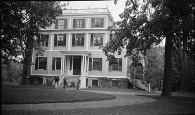 VIEW OF FRONT. - Gideon Granger House, 295 North Main Street, Canandaigua, Ontario County, NY image. Click for full size.