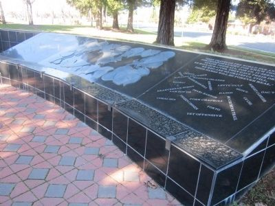 Left Side of the Sutter County Veterans Memorial image. Click for full size.