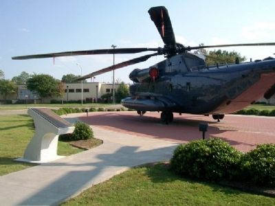 Sikorsky MH-53M 'Pave Low IV' Helicopter and Marker image. Click for full size.